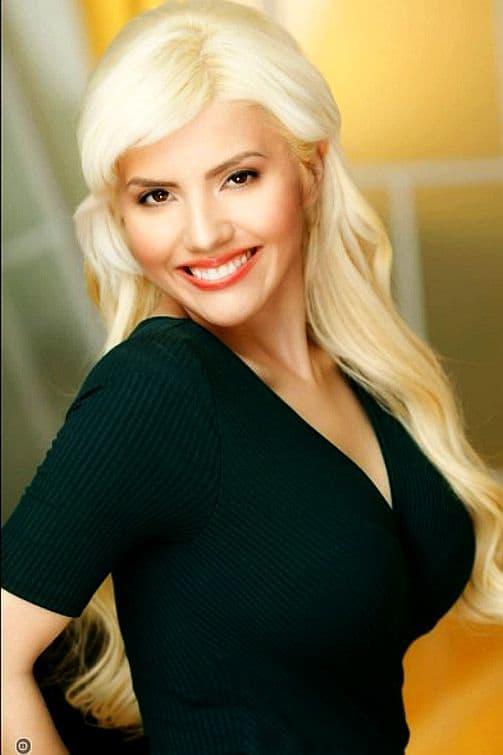 Amber Pauline Magdesyan age