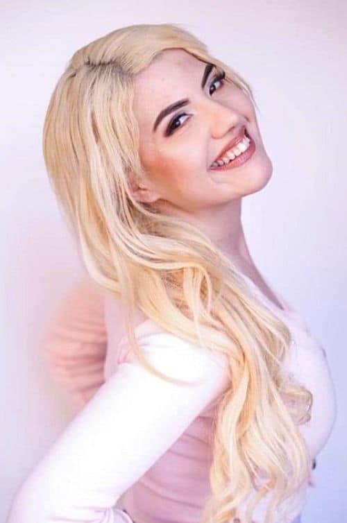 Model Amber Pauline Magdesyan age 2021